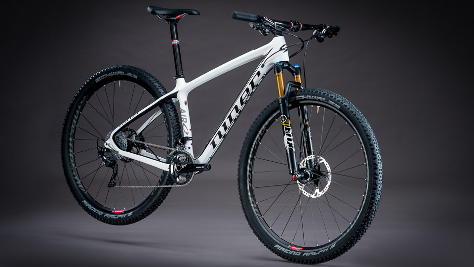 niner-air-9-carbon-foto01-biciclinic-official-dealer