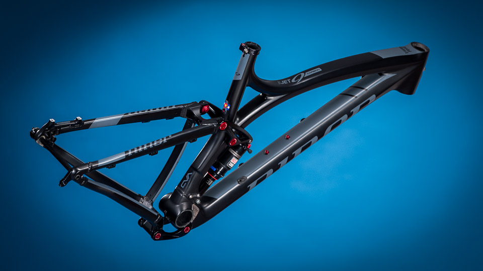 niner-jet-9-carbon-foto02-biciclinic-official-dealer